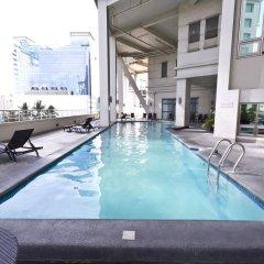 Mandarin Plaza Hotel бассейн фото 2