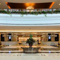 Отель Ramada Plaza Shanghai Pudong Airport Китай, Шанхай - отзывы, цены и фото номеров - забронировать отель Ramada Plaza Shanghai Pudong Airport онлайн гостиничный бар