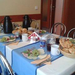 Отель Penzion Fan Чехия, Карловы Вары - 1 отзыв об отеле, цены и фото номеров - забронировать отель Penzion Fan онлайн питание фото 4