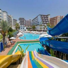 Отель Holiday Park Resort Окурджалар бассейн фото 2