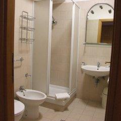 Отель Nazional Rooms Италия, Рим - 1 отзыв об отеле, цены и фото номеров - забронировать отель Nazional Rooms онлайн ванная