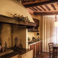 Отель Fattoria Guicciardini Сан-Джиминьяно комната для гостей фото 3