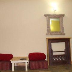 Отель Kathmandu CityHill Studio Apartment Непал, Катманду - отзывы, цены и фото номеров - забронировать отель Kathmandu CityHill Studio Apartment онлайн комната для гостей фото 4