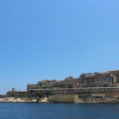 Отель Day's Inn Hotel & Residence Мальта, Слима - отзывы, цены и фото номеров - забронировать отель Day's Inn Hotel & Residence онлайн пляж