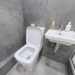 Отель Cozy & Modern Flat for 2 in Marylebone Великобритания, Лондон - отзывы, цены и фото номеров - забронировать отель Cozy & Modern Flat for 2 in Marylebone онлайн ванная фото 2