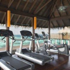 Отель Coco Bodu Hithi Мальдивы, Остров Гасфинолу - отзывы, цены и фото номеров - забронировать отель Coco Bodu Hithi онлайн фитнесс-зал фото 2
