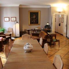 Отель B&B Bonaparte Suites с домашними животными