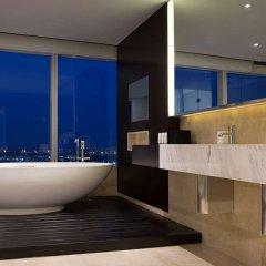 Отель Le Meridien Saigon Вьетнам, Хошимин - отзывы, цены и фото номеров - забронировать отель Le Meridien Saigon онлайн ванная