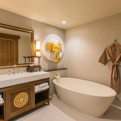 Отель Maikhao Palm Beach Resort ванная фото 4