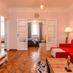 Отель FM Deluxe 2-BDR Apartment - La La Land Болгария, София - отзывы, цены и фото номеров - забронировать отель FM Deluxe 2-BDR Apartment - La La Land онлайн