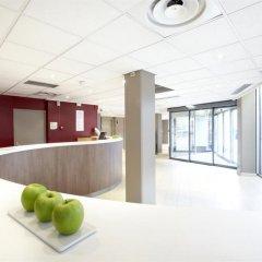 Отель Campanile Paris Est - Porte de Bagnolet Франция, Баньоле - 9 отзывов об отеле, цены и фото номеров - забронировать отель Campanile Paris Est - Porte de Bagnolet онлайн интерьер отеля