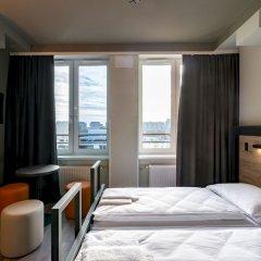 Отель a&o Warsaw Wola Польша, Варшава - отзывы, цены и фото номеров - забронировать отель a&o Warsaw Wola онлайн комната для гостей фото 5