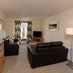 Апартаменты Fountain Court Grove Apartments Эдинбург комната для гостей