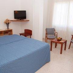 Отель La Noyesa удобства в номере