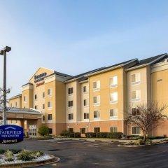 Отель Fairfield Inn And Suites By Marriott Lake City Лейк-Сити парковка