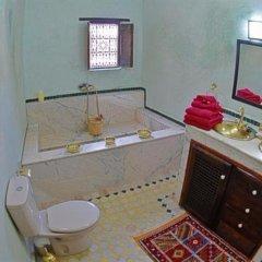 Отель Riad Adarissa Марокко, Фес - отзывы, цены и фото номеров - забронировать отель Riad Adarissa онлайн ванная