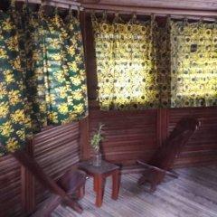 Отель Stumble Inn Eco Lodge Гана, Шама - отзывы, цены и фото номеров - забронировать отель Stumble Inn Eco Lodge онлайн балкон