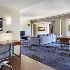 Отель Hilton Newark Airport США, Элизабет - отзывы, цены и фото номеров - забронировать отель Hilton Newark Airport онлайн интерьер отеля фото 2