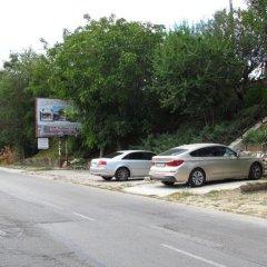 Отель Guest House Dvata Bora Болгария, Генерал-Кантраджиево - отзывы, цены и фото номеров - забронировать отель Guest House Dvata Bora онлайн парковка