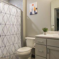 Отель Prime Downtown Apartments США, Колумбус - отзывы, цены и фото номеров - забронировать отель Prime Downtown Apartments онлайн ванная