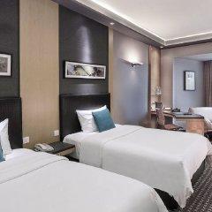 M Hotel Singapore сейф в номере