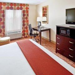 Holiday Inn Express Hotel & Suites Anderson-I-85 сейф в номере