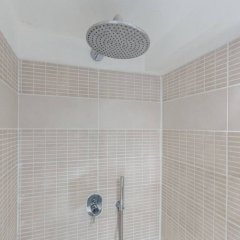 Апартаменты Bright Studio in Paris 18th ванная