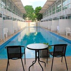 Отель Pool Villa Donmueang Бангкок питание