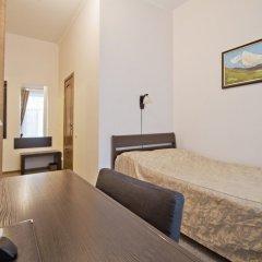 Гостиница Меблированные комнаты комфорт Австрийский Дворик комната для гостей фото 8