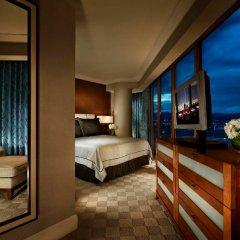 Отель Mandalay Bay Resort And Casino фото 5