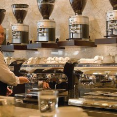 Отель Bristol Berlin Германия, Берлин - 8 отзывов об отеле, цены и фото номеров - забронировать отель Bristol Berlin онлайн гостиничный бар