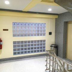 Отель Baan Wanchart Bangkok Residences Бангкок интерьер отеля фото 2