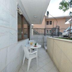 Отель Maini Черногория, Будва - отзывы, цены и фото номеров - забронировать отель Maini онлайн балкон