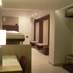Отель SOPERGA Милан сейф в номере