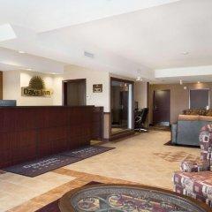 Отель Days Inn & Suites Langley интерьер отеля фото 2