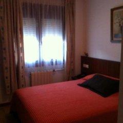 Отель Hostal Adelia Испания, Ла-Корунья - отзывы, цены и фото номеров - забронировать отель Hostal Adelia онлайн комната для гостей фото 5