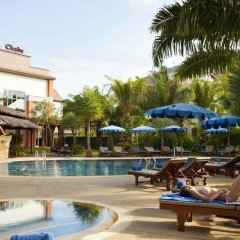Отель Phuket Chaba Hotel Таиланд, Пхукет - 1 отзыв об отеле, цены и фото номеров - забронировать отель Phuket Chaba Hotel онлайн бассейн
