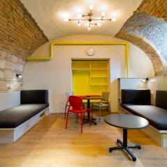 Отель Dice Apartments Венгрия, Будапешт - отзывы, цены и фото номеров - забронировать отель Dice Apartments онлайн комната для гостей фото 5