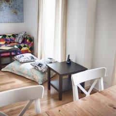 Отель The Nook Hostel Португалия, Понта-Делгада - отзывы, цены и фото номеров - забронировать отель The Nook Hostel онлайн комната для гостей фото 3