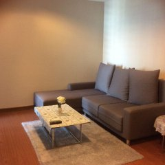 Отель Belle Grand Condo Бангкок комната для гостей фото 5