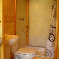 Отель Camping Vall De Ribes Испания, Рибес-де-Фресер - отзывы, цены и фото номеров - забронировать отель Camping Vall De Ribes онлайн ванная