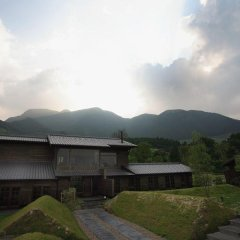 Отель Ryokan Konomama Минамиогуни балкон