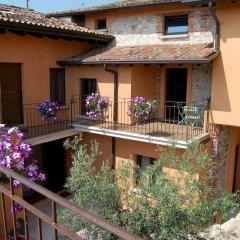 Отель B&B Antico Borgo Манерба-дель-Гарда фото 4