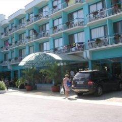 Zefir Hotel парковка