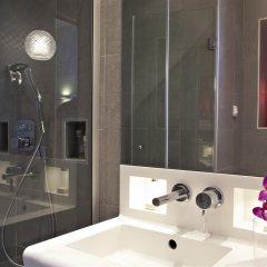 Отель Best Western Plus Elysee Secret Франция, Париж - отзывы, цены и фото номеров - забронировать отель Best Western Plus Elysee Secret онлайн ванная фото 2