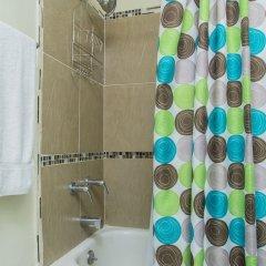 Отель Oakland CE by Pro Homes Jamaica ванная