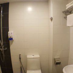 Отель Super 8 Hotel @ Georgetown Малайзия, Пенанг - отзывы, цены и фото номеров - забронировать отель Super 8 Hotel @ Georgetown онлайн ванная фото 2