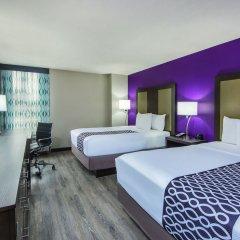 Отель La Quinta Inn & Suites Effingham комната для гостей фото 4