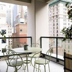 Отель The Whitby Hotel США, Нью-Йорк - отзывы, цены и фото номеров - забронировать отель The Whitby Hotel онлайн балкон