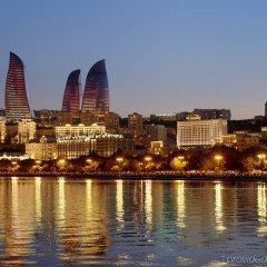 Отель Fairmont Baku at the Flame Towers Азербайджан, Баку - - забронировать отель Fairmont Baku at the Flame Towers, цены и фото номеров приотельная территория